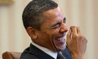 Ish-presidenti Obama tallet me të tanishmin, Donald Trump