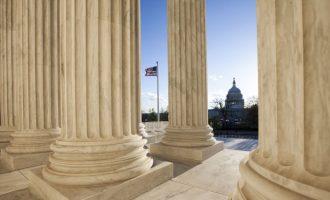 Senati amerikan në prag të një momenti historik