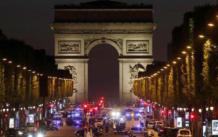 Filozofi Halter: Terroristët duan të fitojë Marine Le Pen