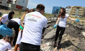 """Rrjeti i dyqaneve Meridian organizon """"Ditët e pastrimit në lagjen tone"""""""