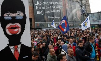 BBC për protestat në Serbi: Baballarët e tyre kanë protestuar kundër Millosheviqit