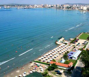 3.8 milionë turistë në Shqipëri