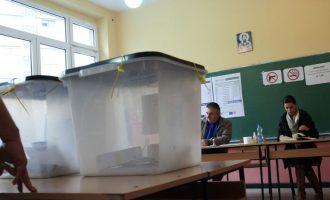 Rreth 4 mijë qytetarë nga Serbia pritet të votojnë në Kosovë