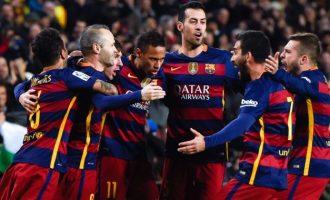 Barcelona rinovon me lojtarin e radhës