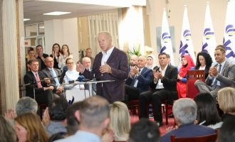 Premtimet e Pacollit: 70 mijë vende pune për dy vite dhe pengimi i zhvatësve