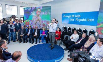 Hoti: Nuk mund ta lëmë Kosovën në duart e atyre që kanë probleme me personalitet