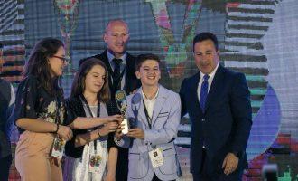 Intervistë me yjet e vegjël shqiptare të teknologjisë