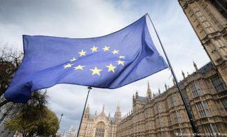 Brexit, qytetarët e BE-së do të udhëtojnë pa viza në Britani