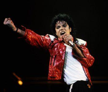 Michael Jackson në vitin 1999: Më dhemb zemra për fëmijët e Kosovës (VIDEO)