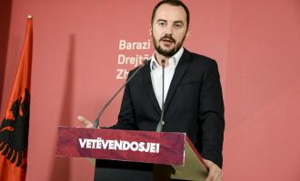 """""""Nuk dorëzohemi për një gjë"""" – reagimi i Dardan Molliqajt pas dënimit të aktivistëve të VV-së"""