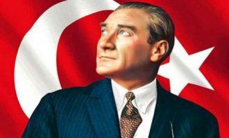 Mustafa Qemal Ataturku, babai i Turqisë moderne
