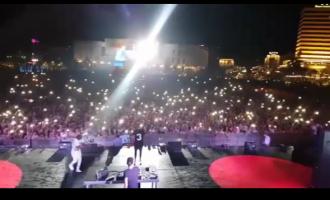 """Reperi që """"turpëroi"""" Ramën, Bashën dhe Metën: Mblodhi afro 100 mijë njerëz në sheshin e Tiranës"""