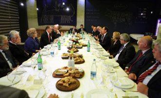 Një darkë mbi 2600 euro për presidentin