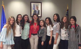 """Nxënëset që Erdogan i quajti """"kërcënim për shtetin"""", krenaria e Kosovës"""