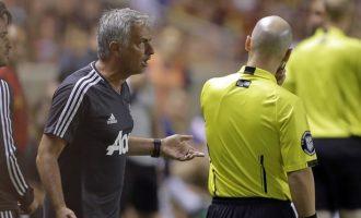 Mourinho refuzoi ta zëvendësonte, arbitri i jep karton të kuq Valencias