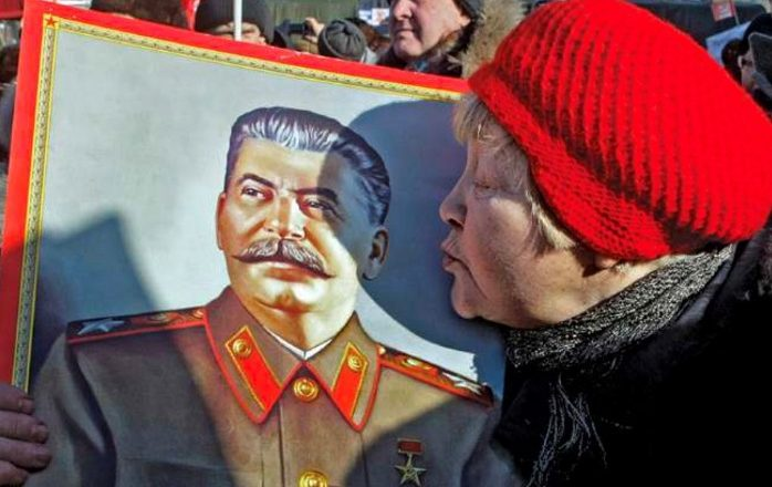 Shoku Stalin është rikthyer falë shokut Putin