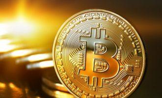 Bitcoin nuk ndalet, kalon vlerën e 5,800 dollarëve