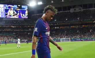 15 minutat në zhveshtore që tregojnë vendimin e madh të Neymar