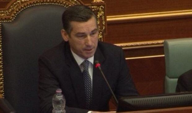 Haliti i bindur se Veseli do të zgjidhet kryetar i Kuvendit më 3 gusht
