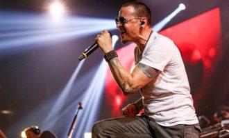 """Koncerti i fundit i Linkin Park dhe ato që do anulohen pas """"vdekjes së vokalistit në litar"""""""