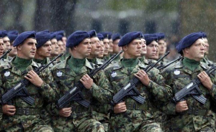 Serbët duan rikthimin e shërbimit të detyrueshëm ushtarak