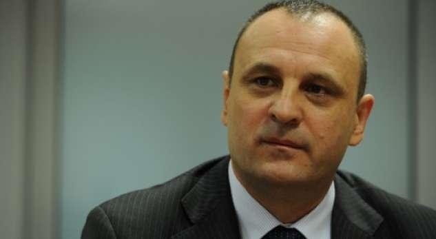 Slobodan Petroviq shkon në selinë e AAK-së
