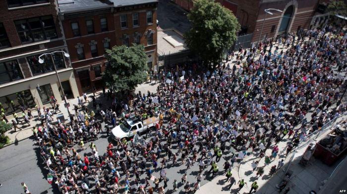 Protesta kundër gjuhës së urrejtjes