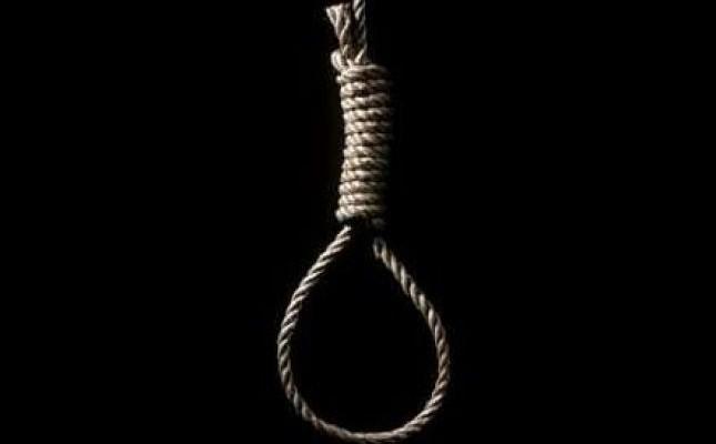 17-vjeçarja var veten në litar
