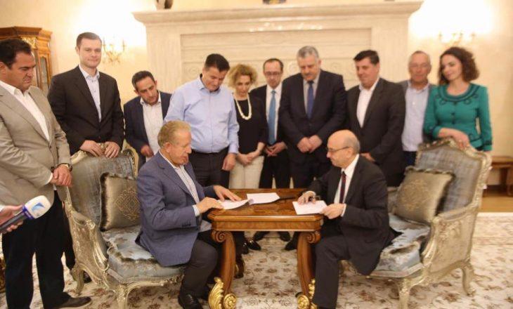 Haziri beson se AKR-ja nuk do të lëvizë nga koalicioni me 24 gusht
