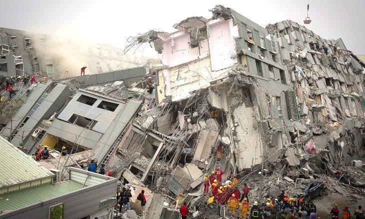 Tërmet i fuqishëm në Kinë, dyshohet për mbi 100 viktima
