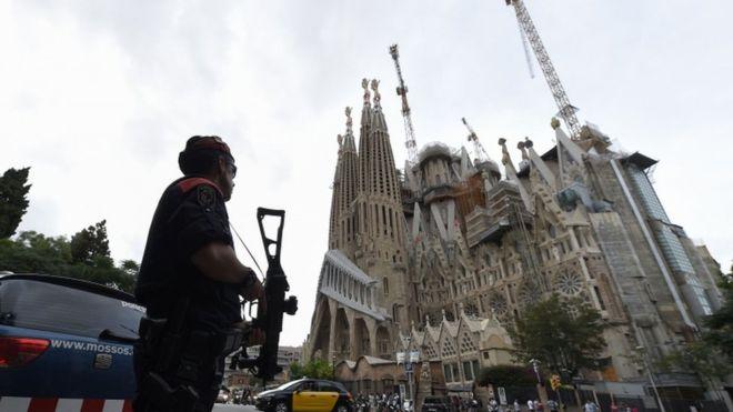 Spanja në zi për viktimat e sulmit të fundit
