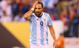 Higuain nuk ka vend te Argjentina