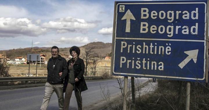 Sondazhi, shumica e serbëve mbështesin dialogun me Kosovën
