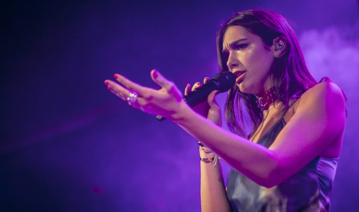 Dua Lipa, pa çmim në ceremoninë Teen Choice Awards 2017