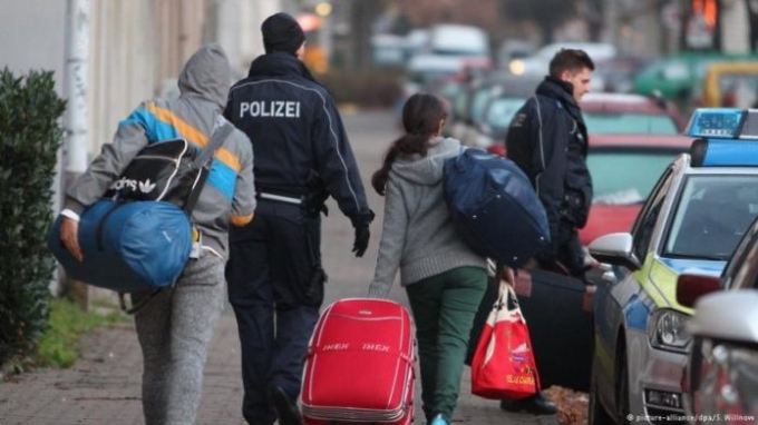 Shqiptarët gjejnë një vend tjetër përveç Gjermanisë për azil