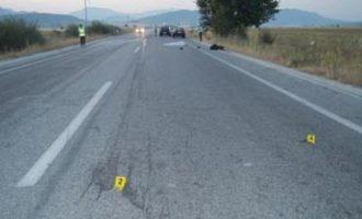 Shoferi humb kontrollin mbi makinën e tij, vdes një e lëndohet një tjetër pasagjer