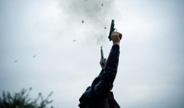 Arrestohen katër persona për gjuajtje me armë në ahengje