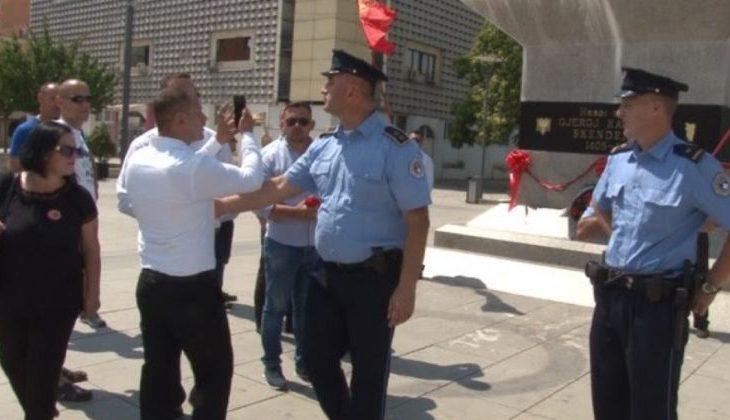 Policia arreston dy persona që rregulluan monumentin e Skënderbeut