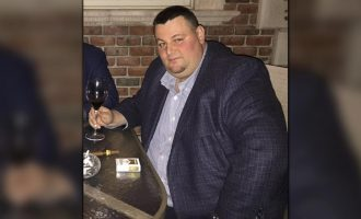 Ish-shoferi i konsullatës ofron 750 mijë dollarë për ta liruar nga burgu
