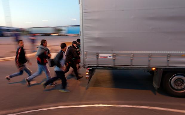Britania e Madhe ka nisur një fushatë për arrestimin e emigrantëve