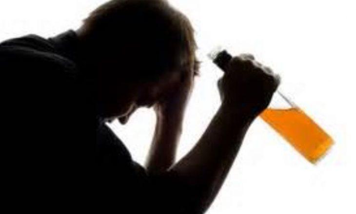 Një në tetë amerikanë është alkoolist