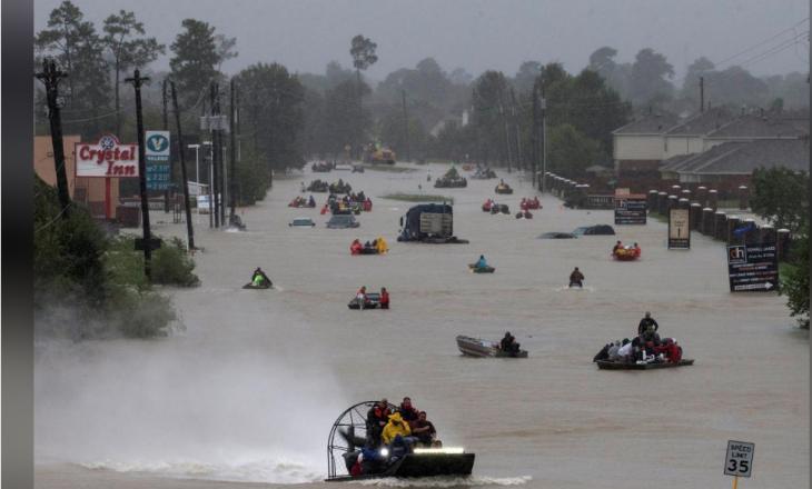 Përmbytjet në Hjuston – pamje nga droni