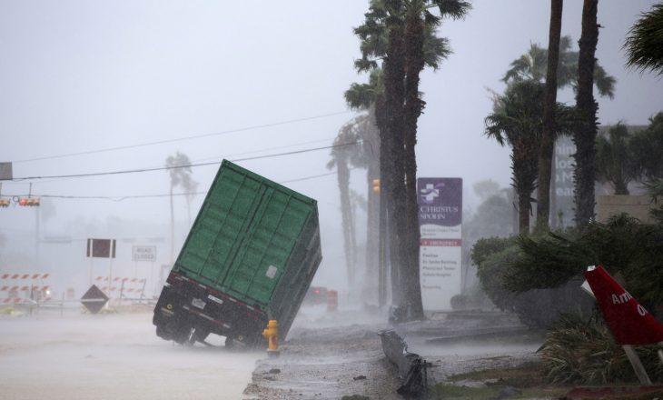 """Rritet numri i viktimave nga urgani """"Harvey"""" në SHBA"""