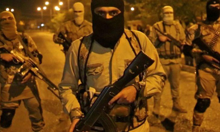Bie forca e terroristëve të ISIS