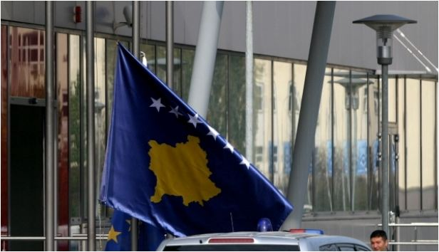Britania i dërgon notë proteste Surinamit për Kosovën
