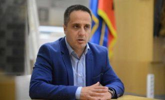 Deputeti i LDK-së ende vazhdon t'i besojë marrëveshjes me AKR-në