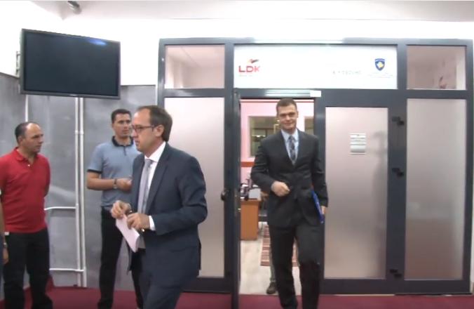 Përfaqësues të LAA-së i përgjigjen pozitivisht ftesës së Mikullovcit