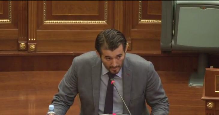 Tahiri: Po të mos ishin komandantët, nuk do të flitej shqip sot në Kuvend