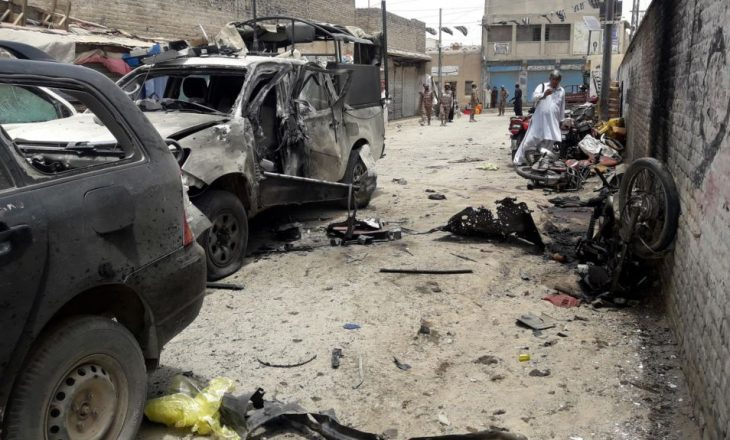 Vdesin gjashtë ushtarë pas shpërthimit të një bombe
