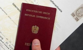 Kosovarët në vendin e tretë për pajisje me pasaportën austriake